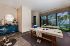 Villa-Sawarin-Massage-room-interior